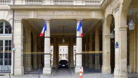 © P1050187_Paris_Ier_rue_de_Montpensier_conseil_constitutionnel_rwk.JPG: Mbztderivative work: César